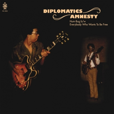 Diplomatics/Amnesty – Hum Bug/Everybody Who Wants To Be Free